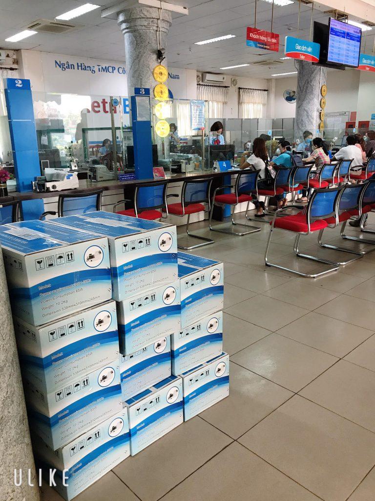 Giao máy cho ngân hàng Vietinbank